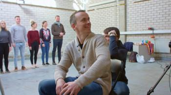 Paadunud optimist: režissöör Ove Mustingu portree