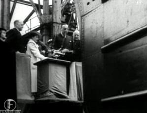 Eesti allveelaevade Kalev ja Lembit vettelaskmine Vickers-Armstrongs Ltd. laevaehituse tehastes Barrow-in-Furness 7. juulil 1936