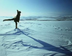 Tantsud Linnuteele. Pildistusi Lennart Meri filmirännakutelt