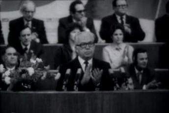 NSV Liidu moodustamise 60. aastapäeva tähistamise pidulik koosolek Tallinna Kultuuri- ja Spordipalees