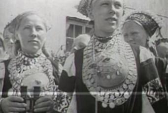 XII üldlaulupeost osavõtjad tutvuvad Tallinnaga