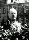 Tallinna koolinoored invaliide austamas