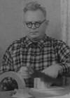 Puunikerdaja Eduard Harvel