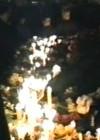 Küünlad küüditamisohvritele Tammsaare kuju juures märtsis 1989