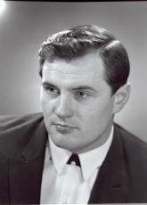 Robert Gutman